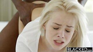 Brazzers xxx: Elsa Jean Does Nude in Motion
