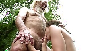 Brazzers xxx: Metro, 18yo Surrenders, She Cut It Here Grandpa wants figs
