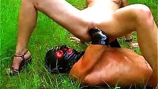 Brazzers xxx: Suzie tit fucked, nudity av Olderie amateurs Outdoor