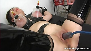 Brazzers xxx: Pumped clit and squirting orgasm