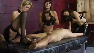Brazzers xxx: Cfnm femdom bitches facesit and blowjob action