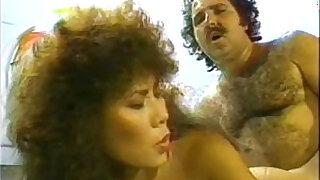 Brazzers xxx: Bionca, Jade East, Kascha in classic sex clip