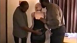 Brazzers xxx: mom gets fucked in hotel