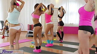 Brazzers xxx: Fitness Rooms Big cock workout for brunette in after class sex