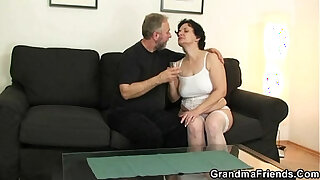 Brazzers xxx: Old lady takes two cocks from both sides