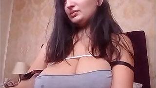 Brazzers xxx: Busty amateur girlfriend plays breast milk live on webcam