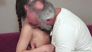 Brazzers xxx: Wonderful grand girl surprises grandpa
