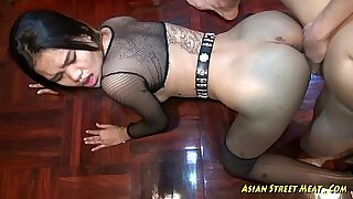 Brazzers xxx: Asian Deepthroat Fuck and Slip This Cock In A Hole