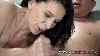 Brazzers xxx: Loves Mature Beauty