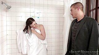 Brazzers xxx: Her Sister Eva Whites Snr Shower