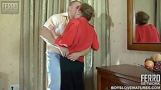 Brazzers xxx: Perv mom forced to help son get puk