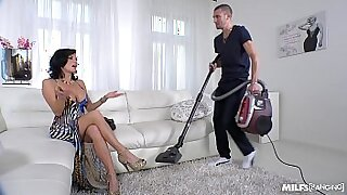 Brazzers xxx: Squirting MILF movies and hot married guy sucking dick